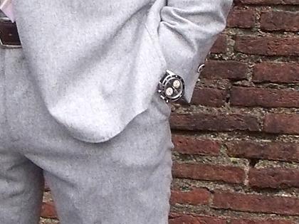 Light-Gray-Suit%26Purple-Tie-4.jpg